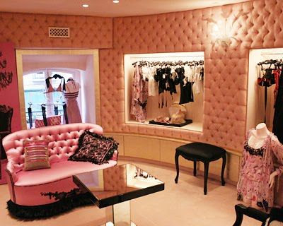chantal thomas boutique in paris christian ghion 2004 dressing area boutique decor store. Black Bedroom Furniture Sets. Home Design Ideas