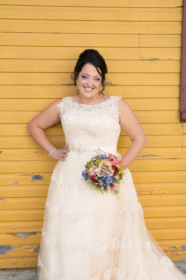 Real Plus Size Wedding Fall Diy Wedding In Michigan Our Wedding