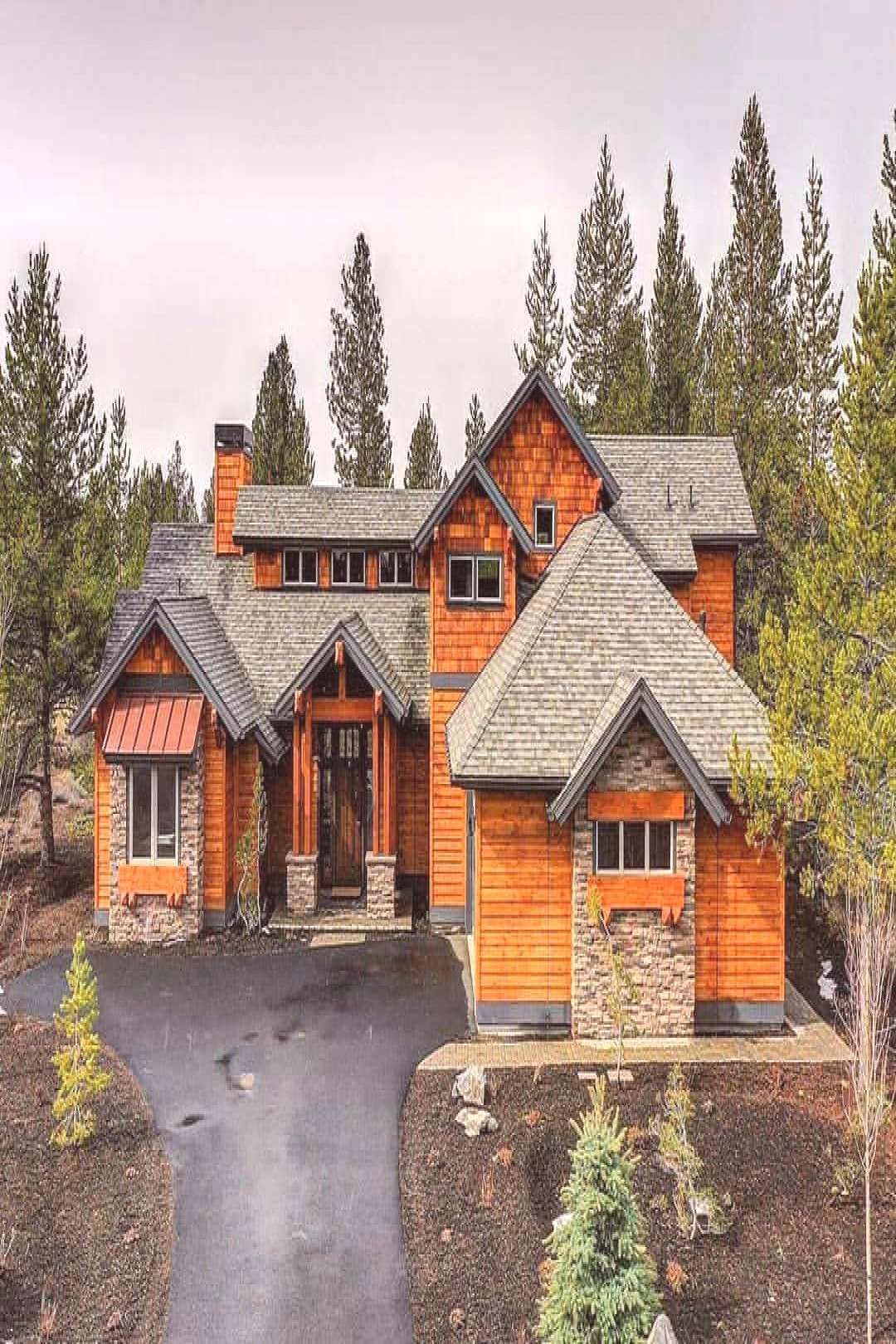 Craftsmanstyle Outdoor House Sky And House Sky And Outdooryou Can Find Craftsman Style And More In 2020 Craftsman House Craftsman House Plan Craftsman House Plans