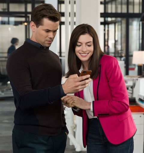 Anne Hathaway Outfits: How Anne Hathaway's Chic Wardrobe In The Intern Influenced