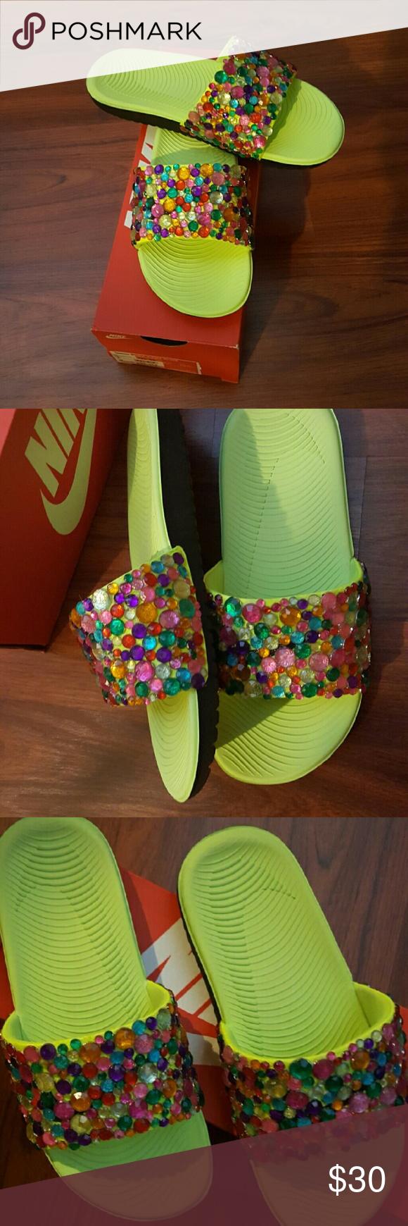 Custom NIKE Bling Slides!!   Bling flip