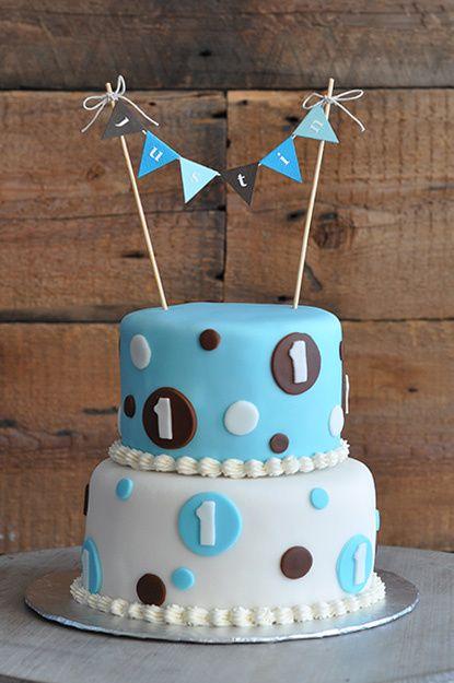 gâteau 1an Justin, Bleu, Blanc, Brun, Cercles et fanions,