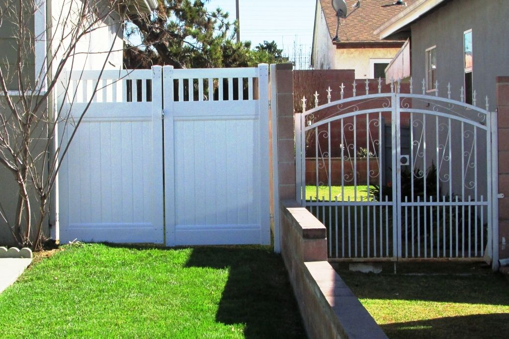 300+ gates gate privacy double vinyl outdoor fencing picket projects patio hardware fence provides covers value true backyard doors decor cat
