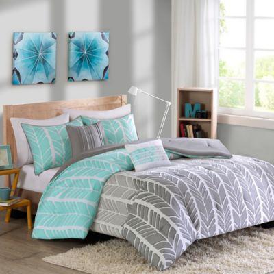 Intelligent Design Adel Comforter Set Comforter Sets Aqua Bedding Comforter Bedding Sets