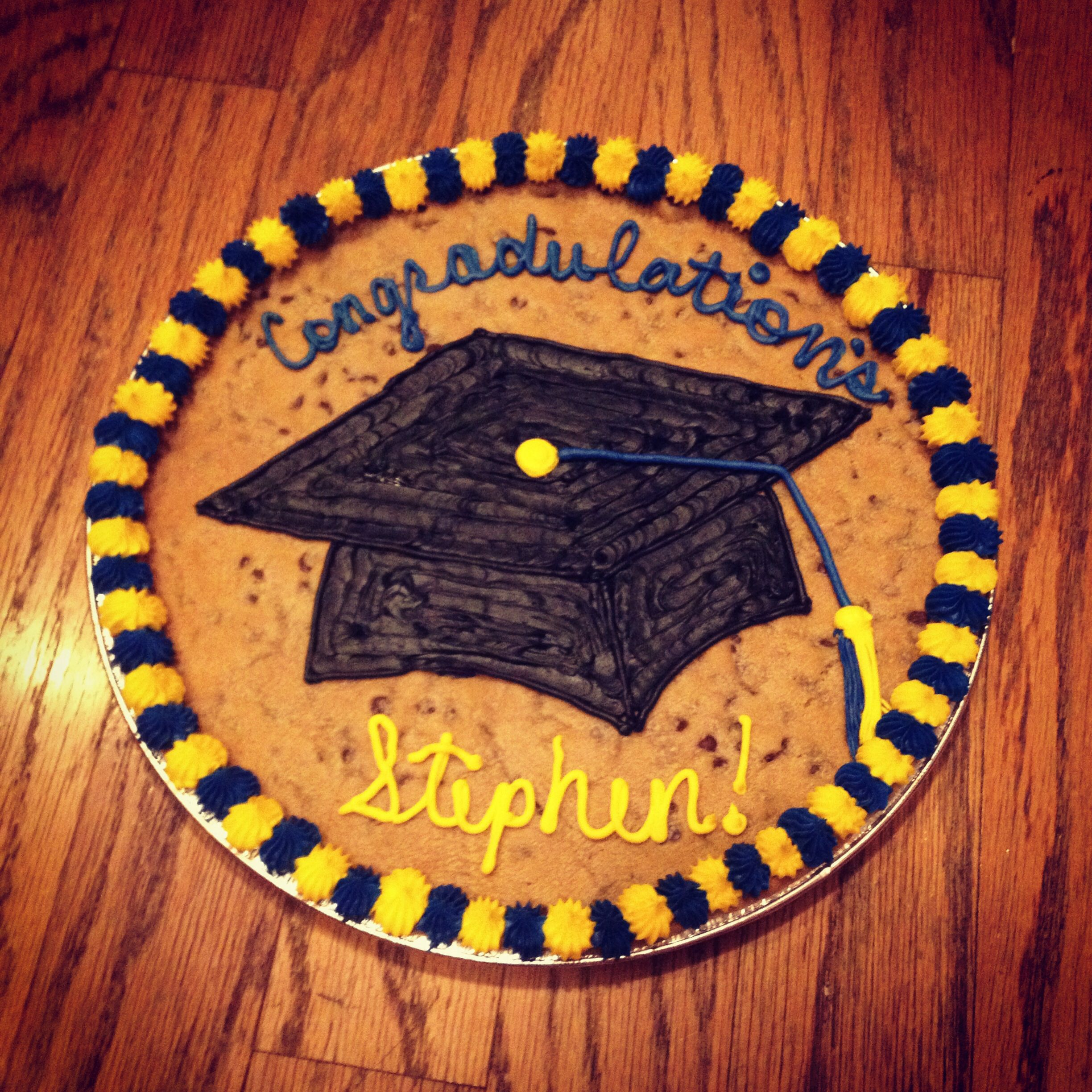 Graduation Cookie Cake With Images Graduation Cookies Cookie