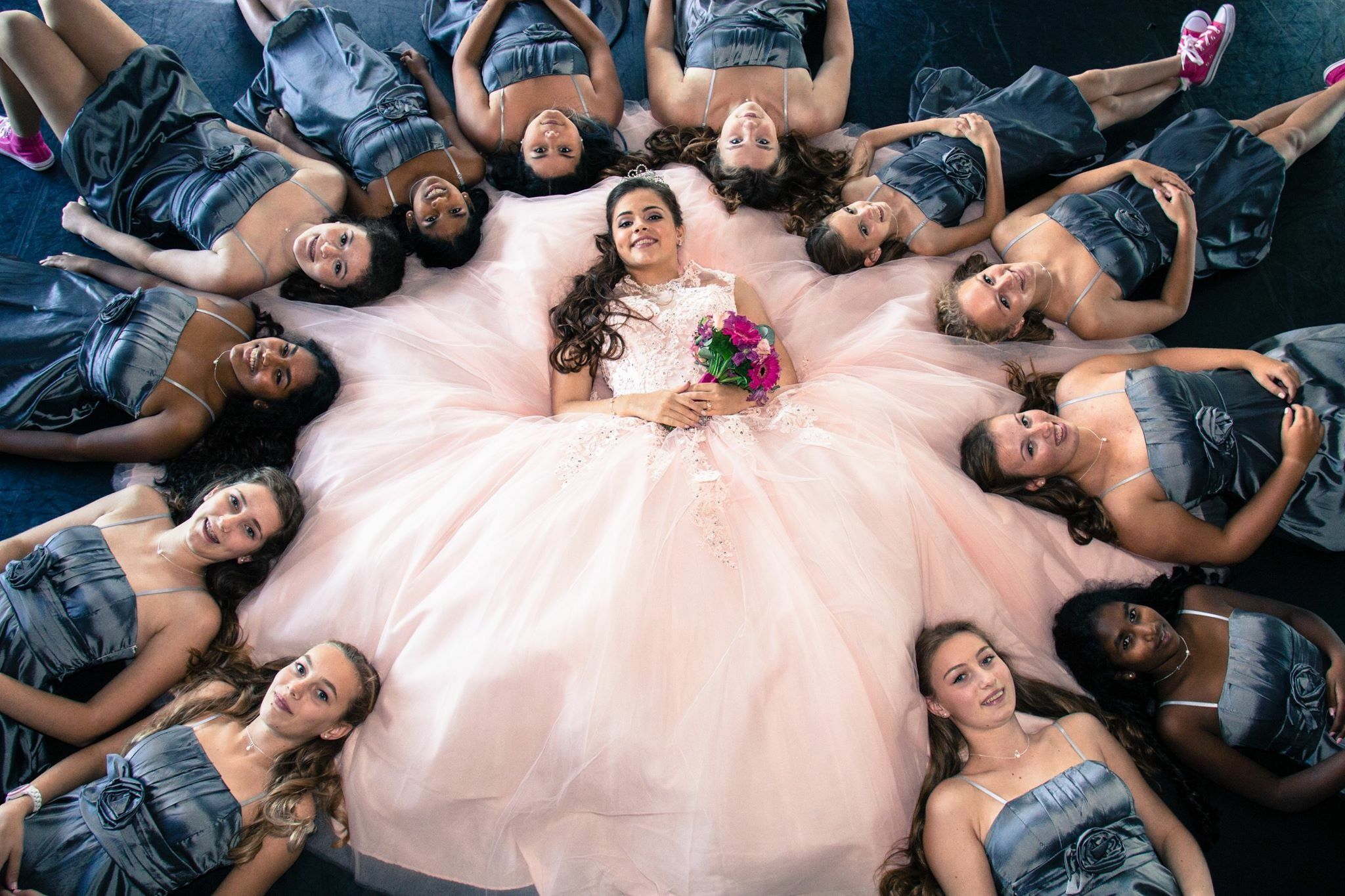 Quinceañera Photography Photoshoot Court Of Honor Ideas Dresses