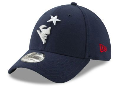 ffe11aa69ab982 New England Patriots New Era NFL Logo Elements Collection 39THIRTY Cap