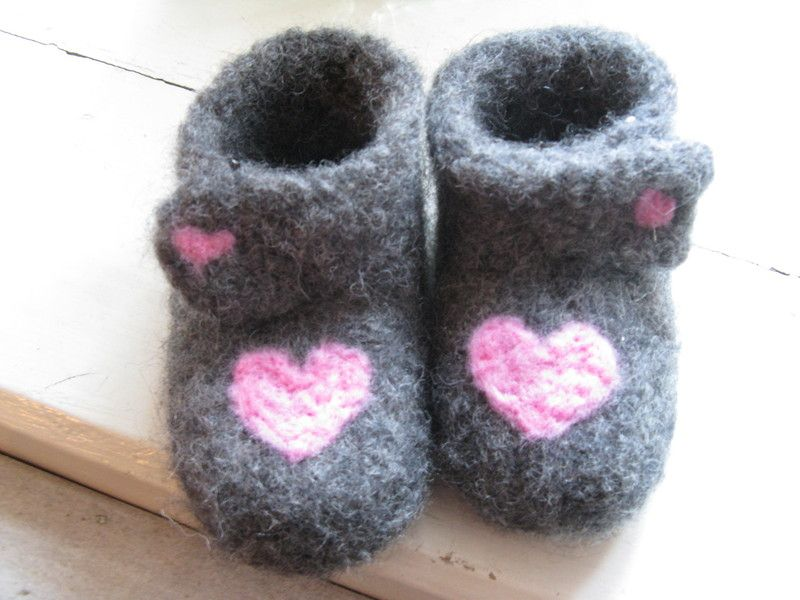 "Photo of Felt shoes – ""Herzerl"" warm baby shoes (baby booties) – a designer piece by L …"