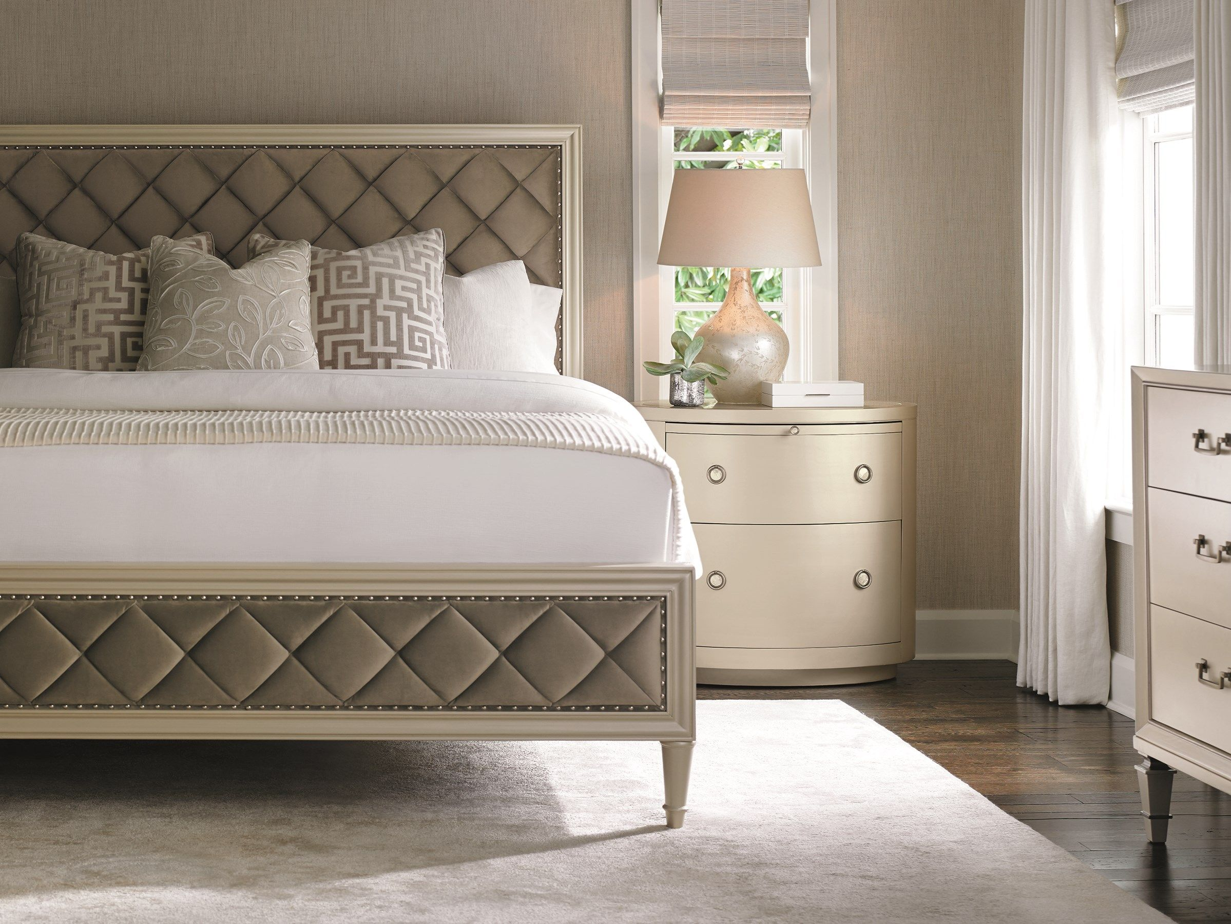 Caracole   Queen upholstered bed, Discount bedroom ...