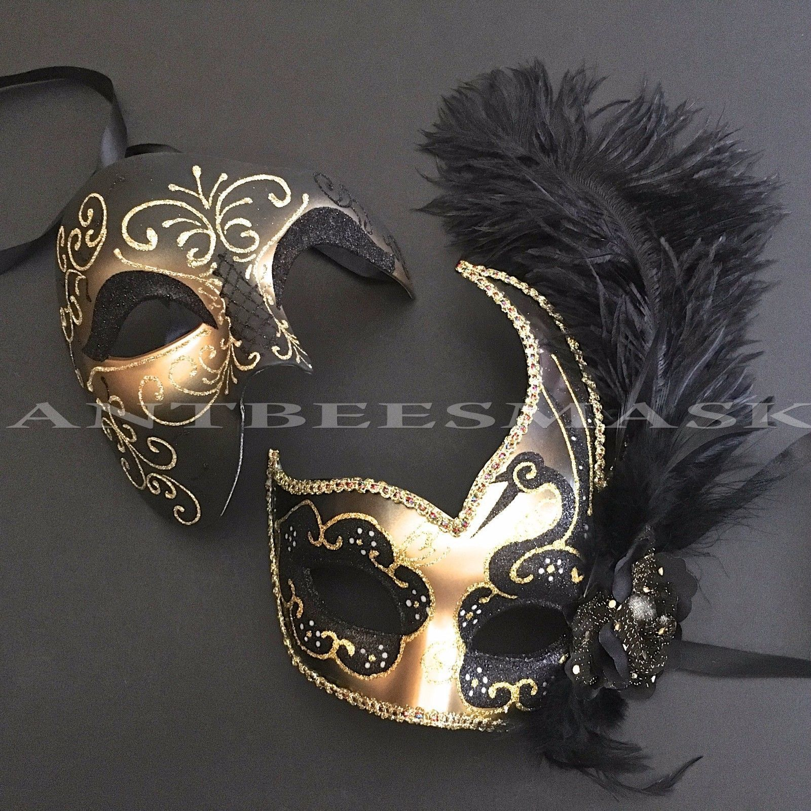 NEW Venetian Party Masquerade Face Mask Black /& Gold With Feathers