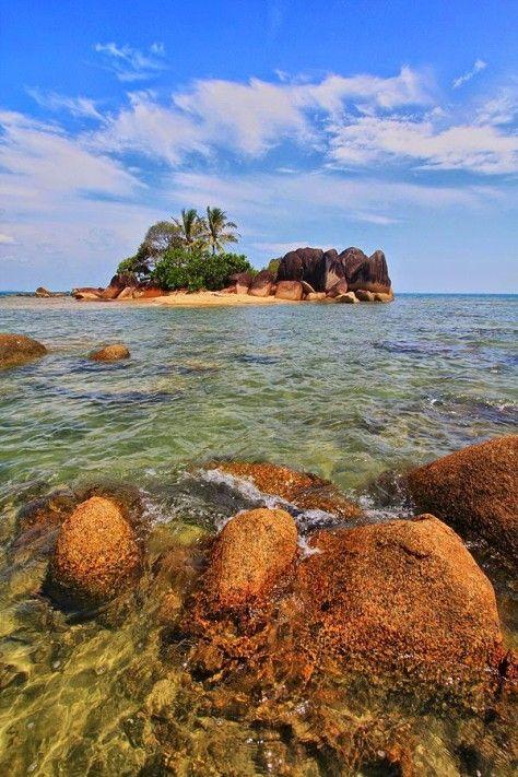 Pantai Temajuk Pasirpantai Com Pantai Pemandangan Kalimantan