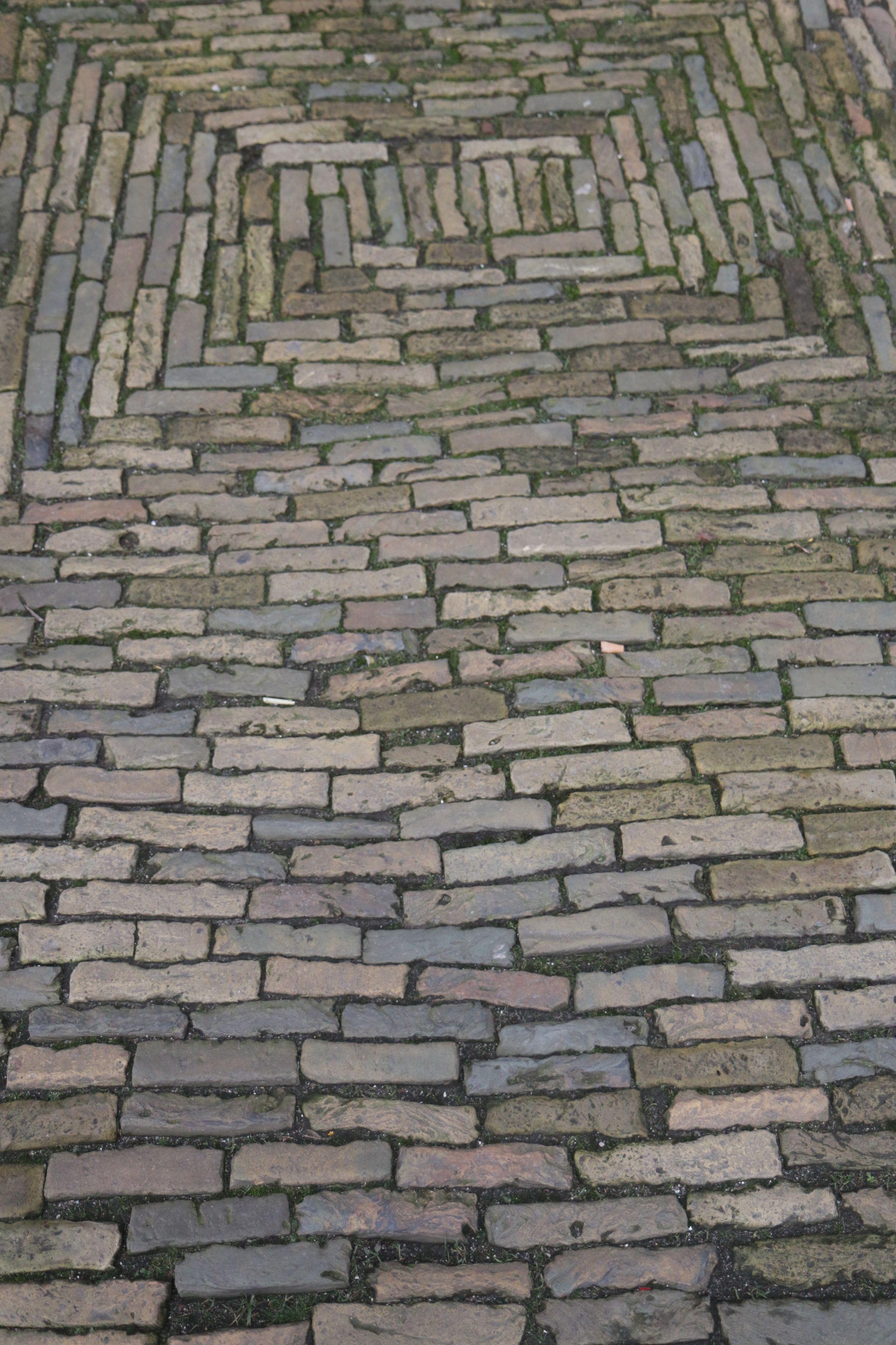 Alte KlinkerWaaltjes gesehen in der Altstadt von Alkmaar