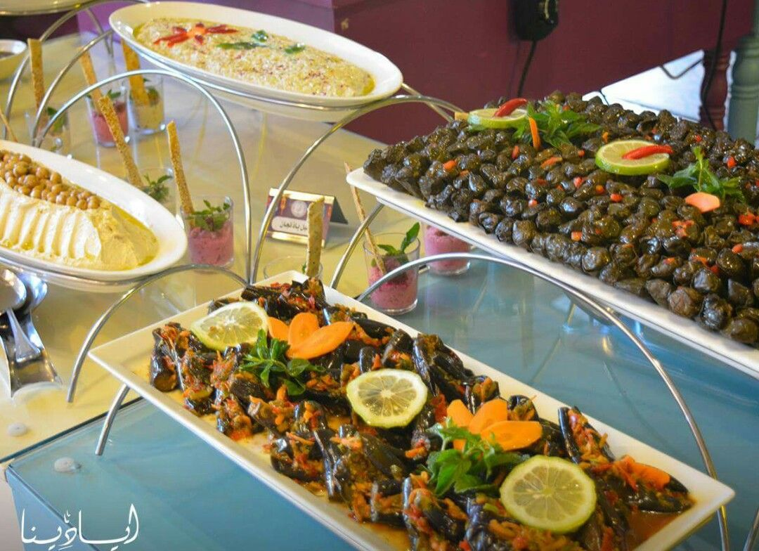 Pin By Nevine Zaky On Ramadan Banquets Egyptian Food Egyptian Food Food Table Decorations