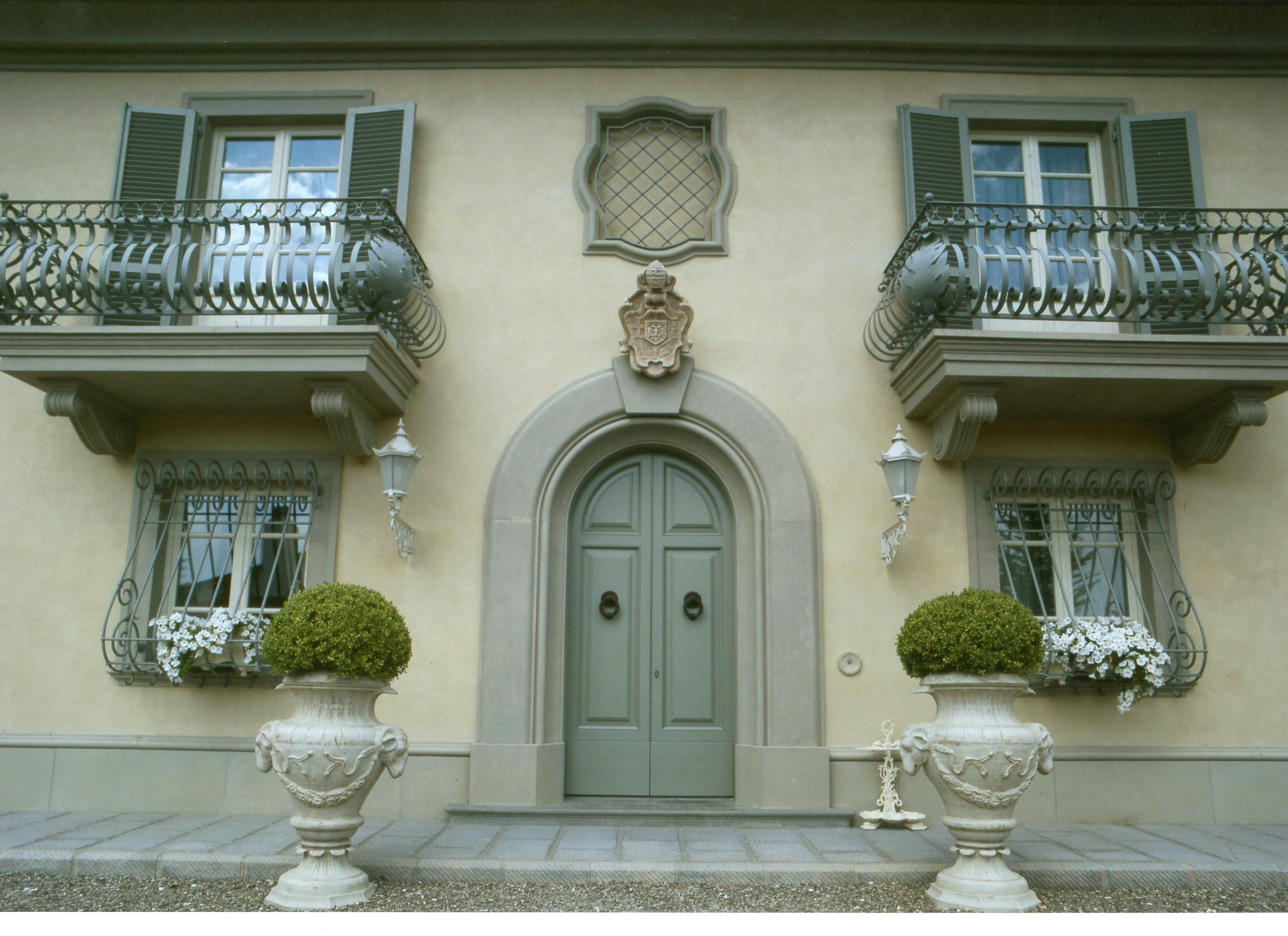 Entirely new design of a Villa with classic style of '800, in the Tuscan countryside, near Florence ITA.  Planning | Interior Design | Art & Decor | Furniture | Made in Italy.  Web http://studiolanoce.it/  #studiolanocework #architecture #design #interiordesign #furniture #madeinitaly #luxury #luxuryhomes #tuscany #italy