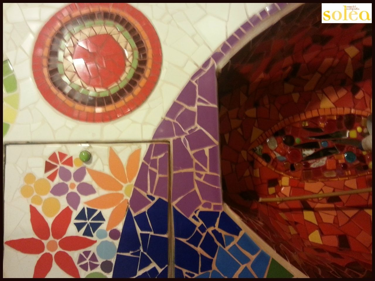 Mosaico a parete wall mosaic for the home mosaic for Parete a mosaico
