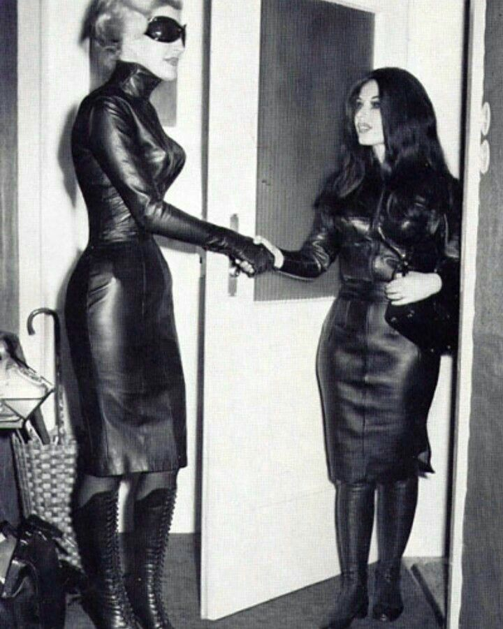 Mistress Porn Pics And Domina Women Porn Classic Images