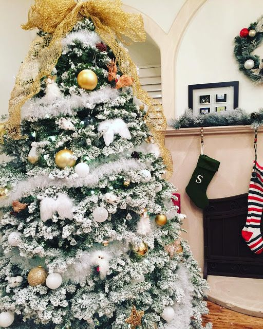 The Best Of Celebrity Christmas Trees @bellathorne - Cool Chic Style