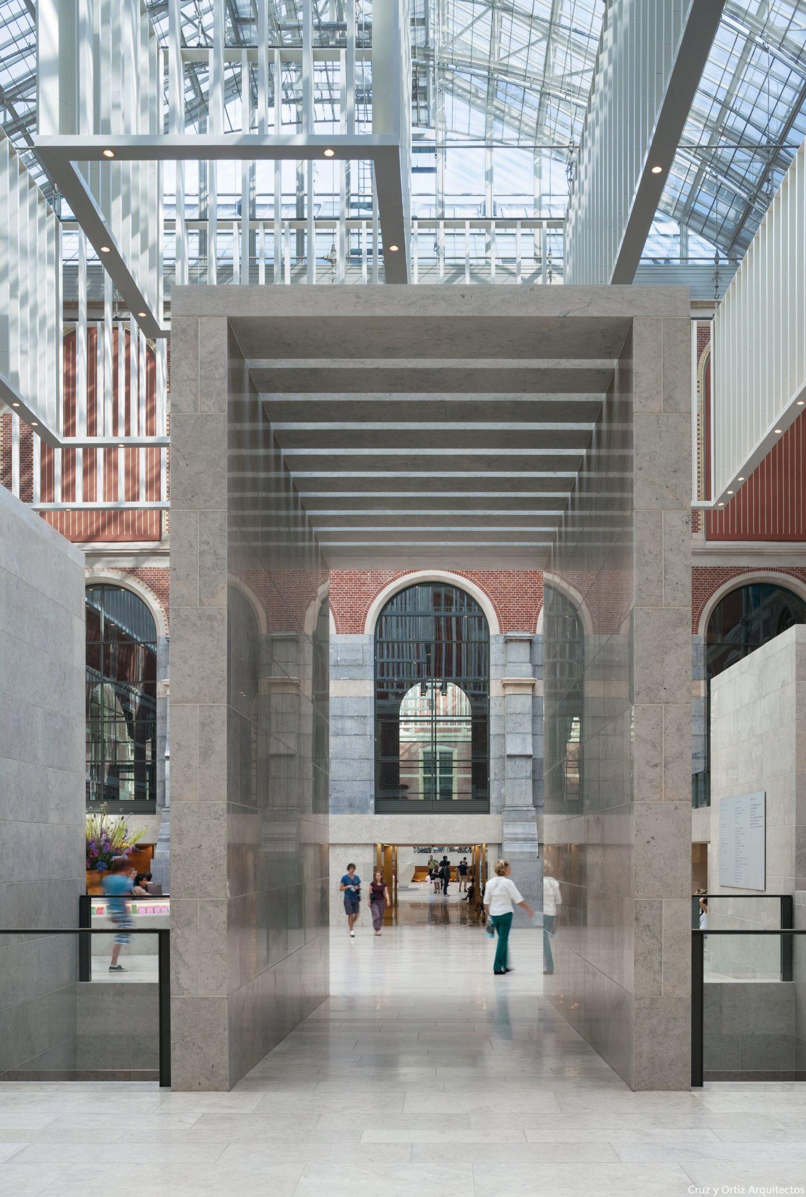 The rijksmuseum main building amsterdam design interior for Interieur design amsterdam