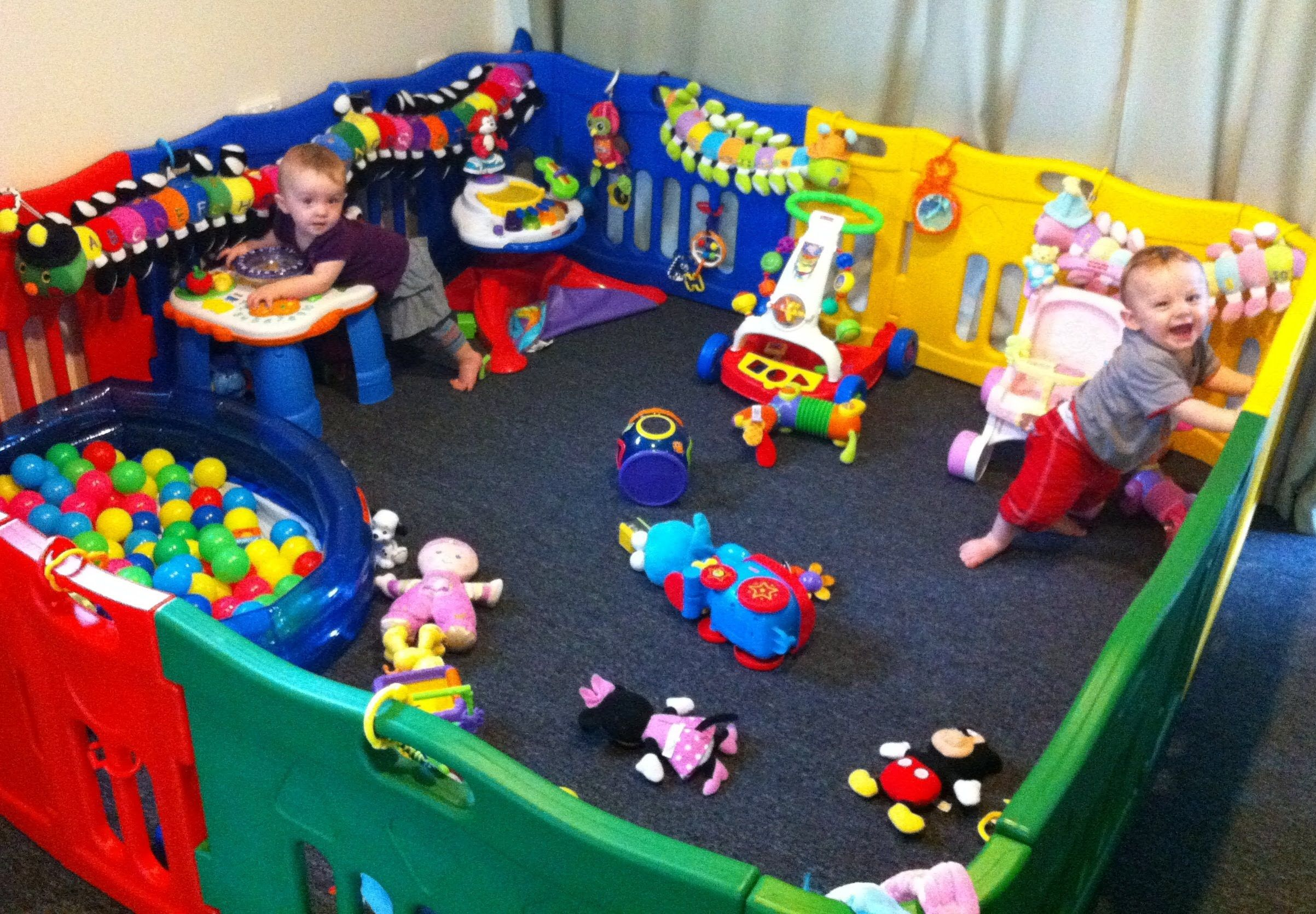 9 Month Old Twins Review Jolly Kidz Playpen (with ...