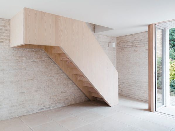 Best Reeve Wood Douglas Fir Staircase Mews House Russell 400 x 300