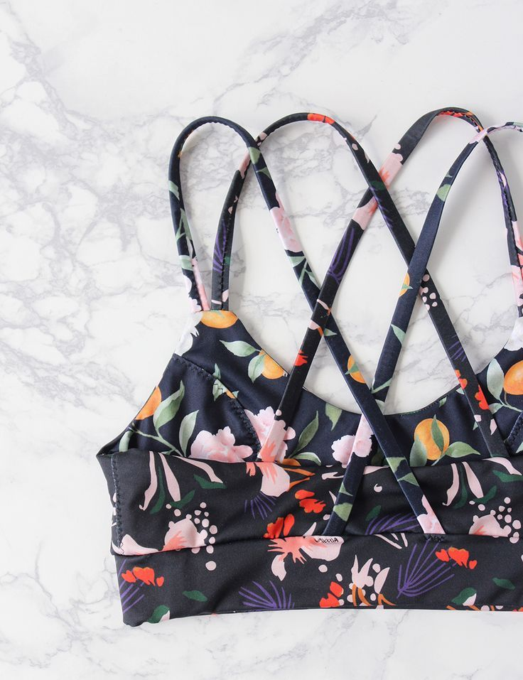 Sew your own sports bra #diy #fashion #sewing #activewear