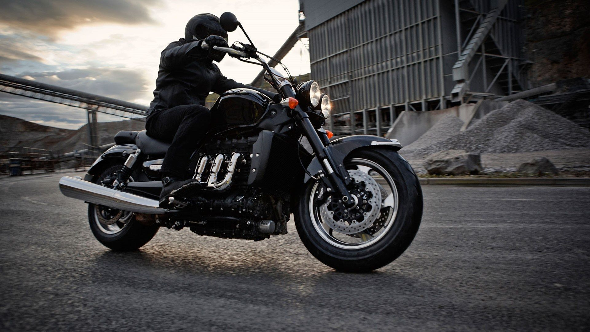 triumph motorcycles india pulls out 850 crore investment in rh pinterest com BSA Motorcycles BSA Royal Star