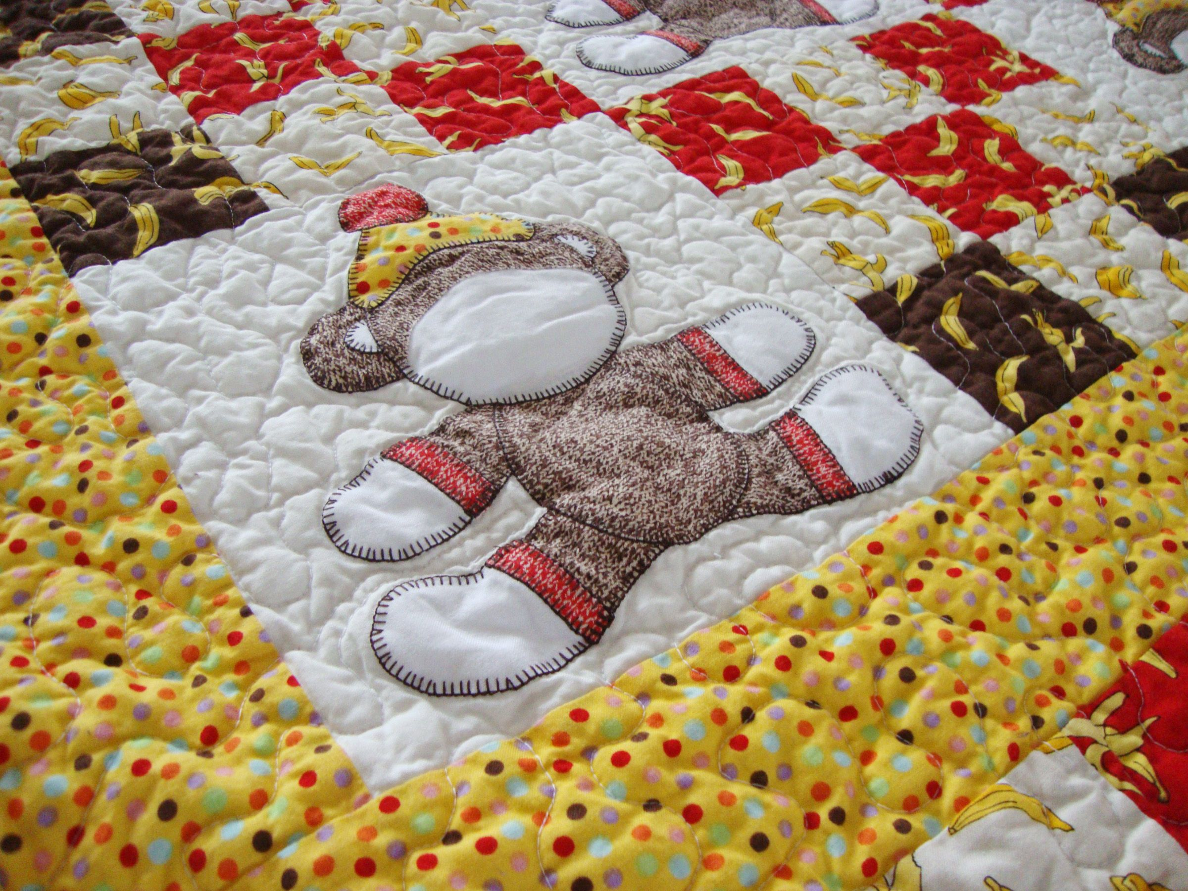 Quilt Addicts Anonymous » Virtual show and tell: Sock Monkey baby ... : monkey baby quilt pattern - Adamdwight.com