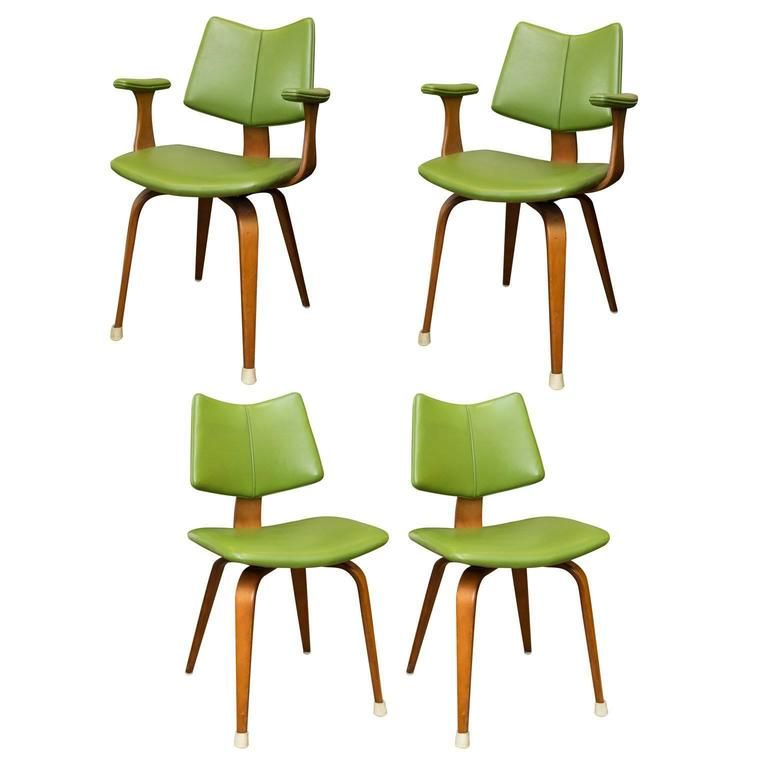 Set of Four Thonet Bentwood Dining Chairs | From a unique collection of antique and modern dining room chairs at https://www.1stdibs.com/furniture/seating/dining-room-chairs/