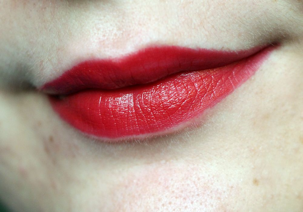 Red Lips Without Yellow Teeth Jouer Simone Jouer Cosmetics