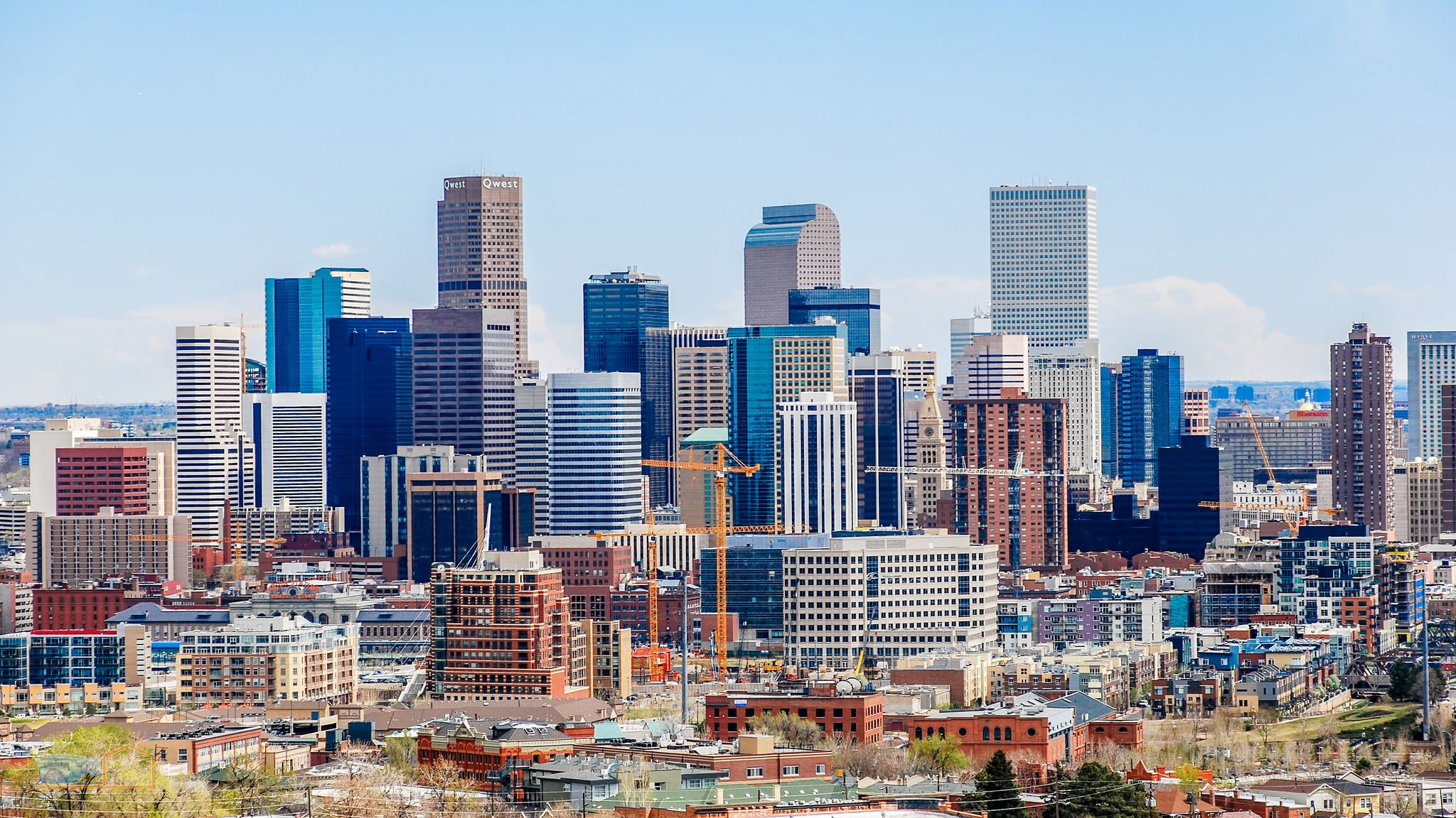 Colorful Denver CO [2048 x 1152]. wallpaper/ background for iPad mini/ air/ 2 / pro/ laptop @dquocbuu