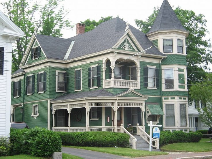 Haunted Victorian Houses For Sale | Queen Anne Victorian Styles Homes Green  Paint: Queen Anne Great Pictures