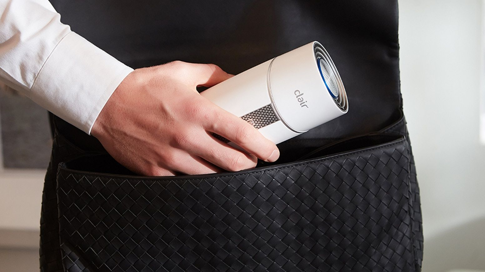 The personal air purifier with 180degree air vent