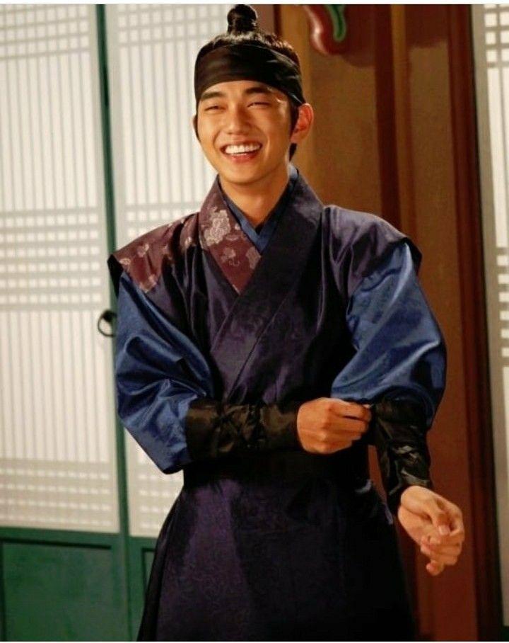 Pin By я актив On Baek Dong Soo Yoo Seung Ho Behind The