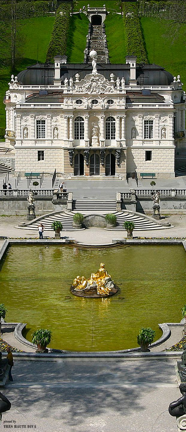 Linderhof Palace Find Super Cheap International Flights To Versailles France Https Thedecisionmoment Com Che Linderhof Palace Mansions Beautiful Places