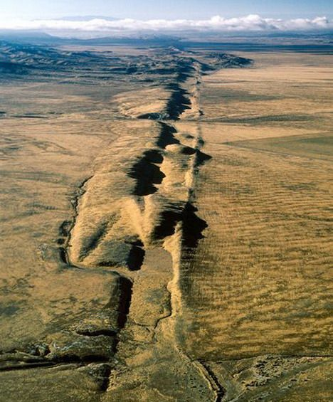 Most Terrifying and Devastating Earthquake, Tsunami and Other Natural Disasters Photos - Quertime