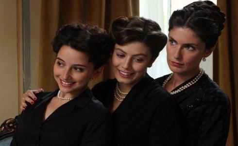 Atelier Fontana - Le sorelle della moda  b949a3a3840