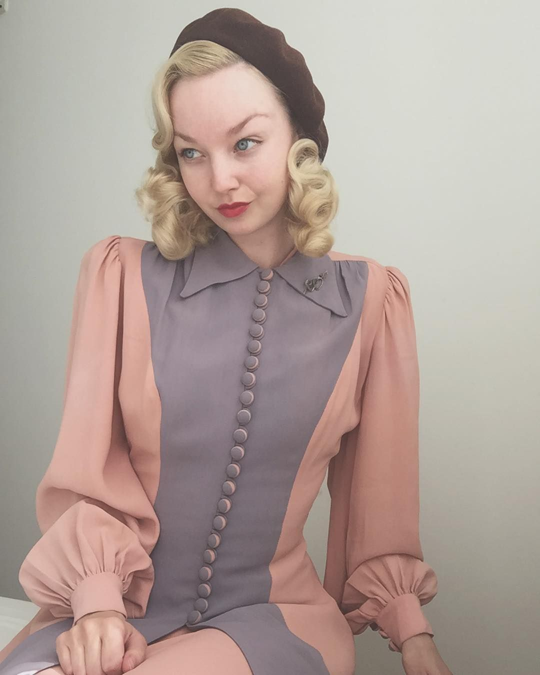 Vintage 1940s Color Block Swag Dress: Going To The Royal Theatre To Watch A Performance Based On