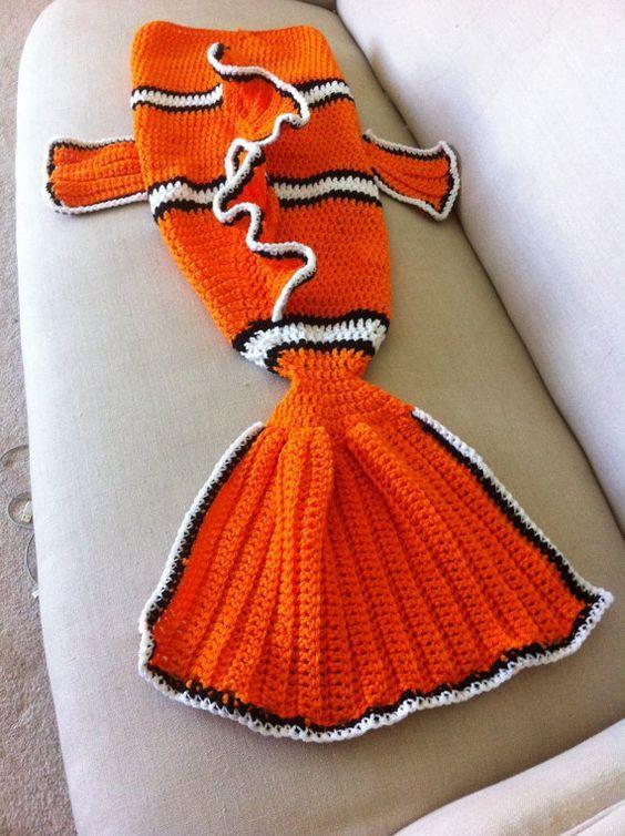 Finding Nemo Blanket Tail - Cocoon - Clown Fish - Preemie, Child ...