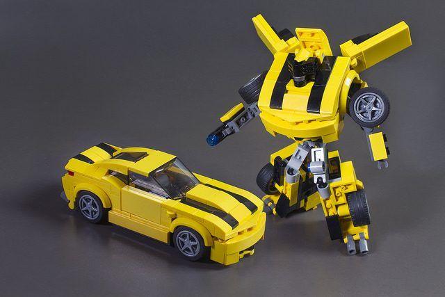 A Bumblebee Bot TransformerLego Tasty Is NOvymnw80