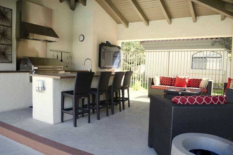 Pavilions Apartments in Albuquerque, NM | Cottonwood Communities ...