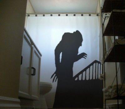 rideau de douche qui fait peur