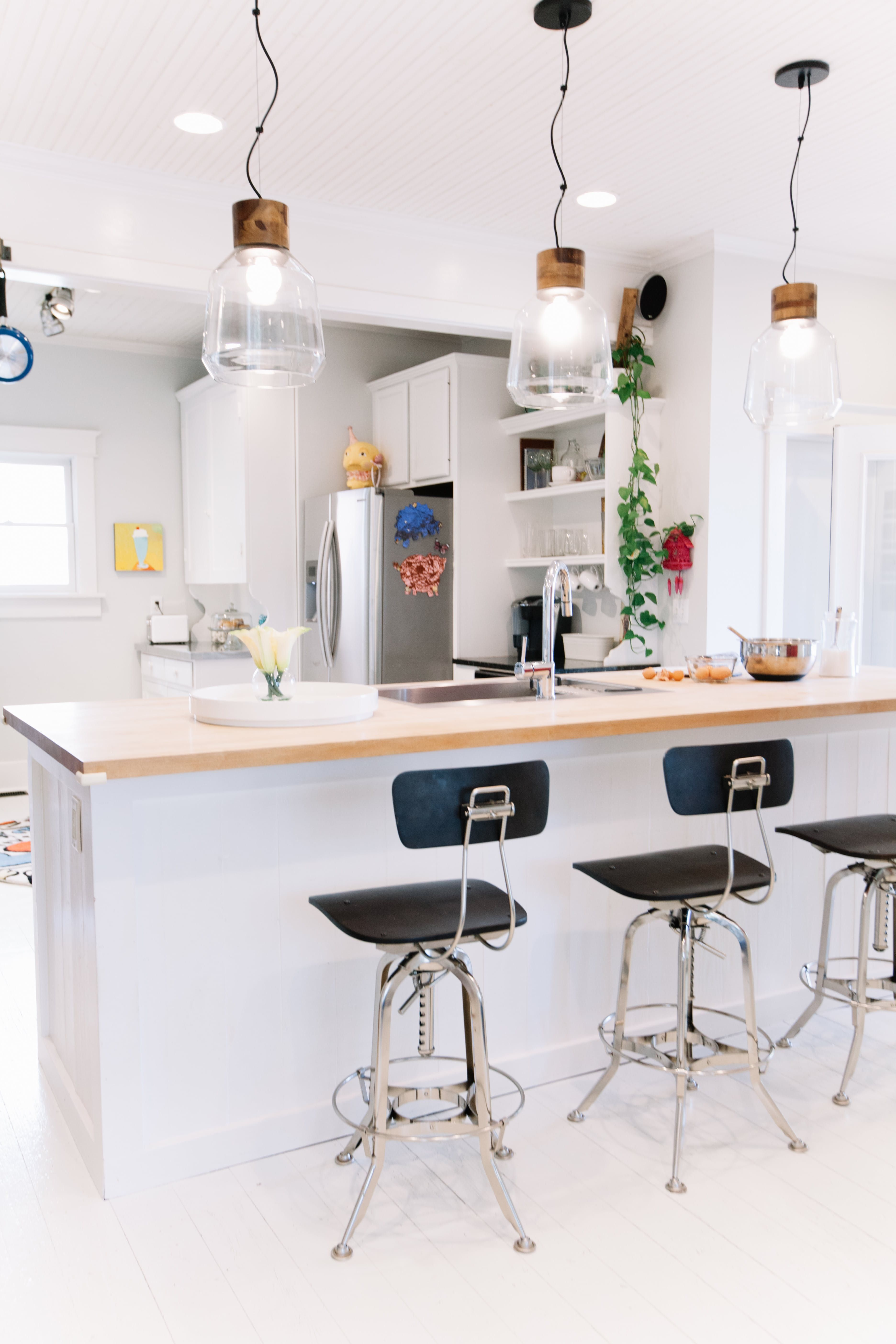 Gallery of Kitchen Island Breakfast Bar Ideas & Inspiration | La ...