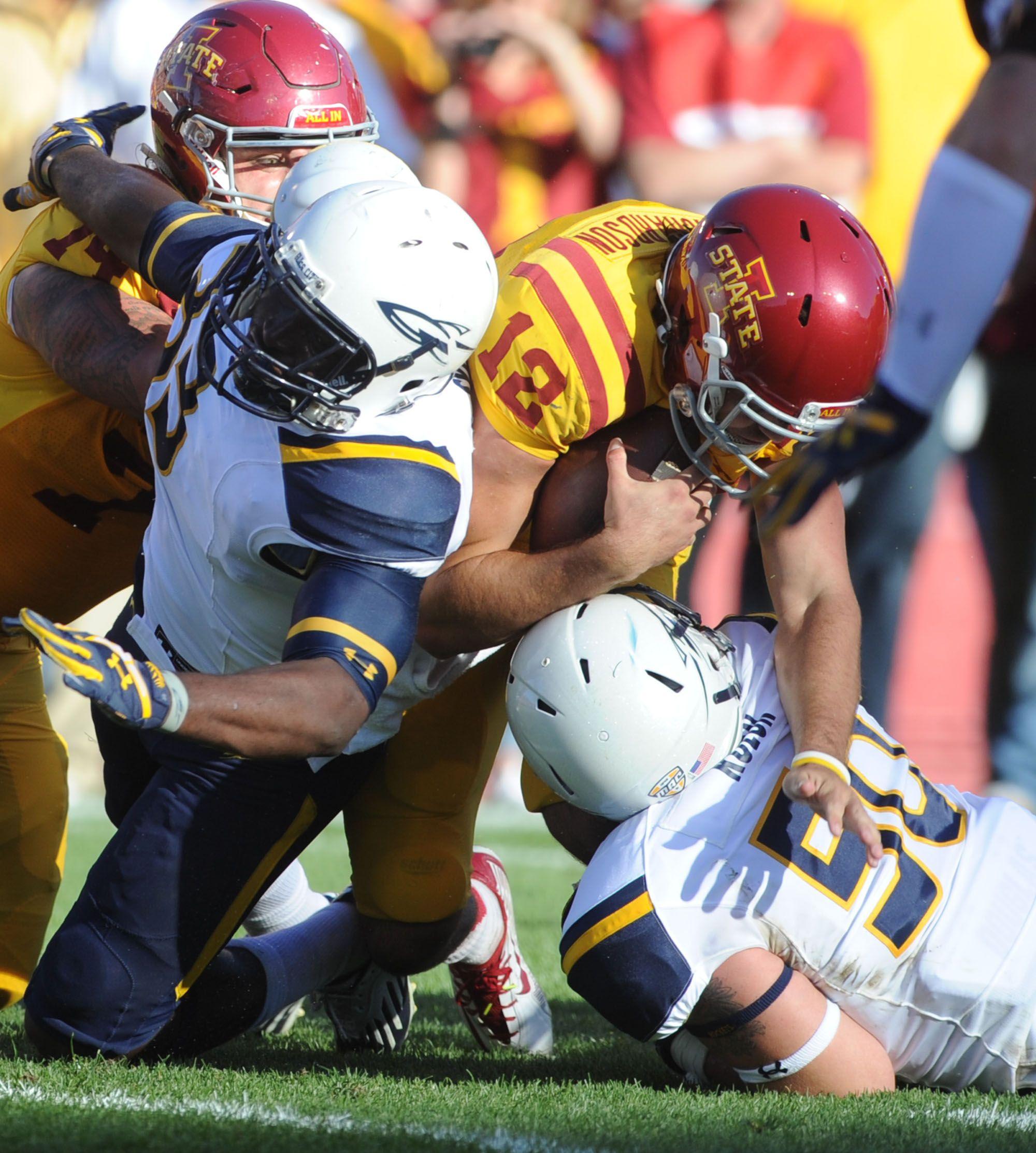 Iowa State Quarterback Sam Richardson Helped The Cyclone Beat