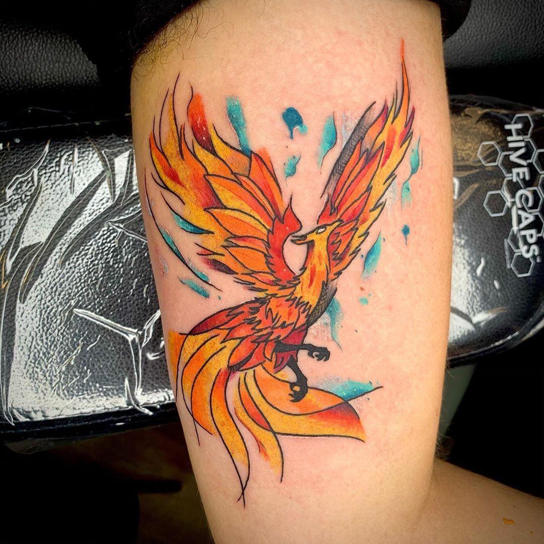 Watercolor Phoenix for Chris! I had lots of fun making this piece! • • • • • #tattoo #tattoos #tattooart #tattooartist #watercolortattoo #watercolortattoos #phoenix #phoenixtattoo #watercolorphoenix #colortattoo #color #tattoosformen #tattoosforwomen #bsu #ballstate #muncie #indiana #indy | Artist: @icarustattoos