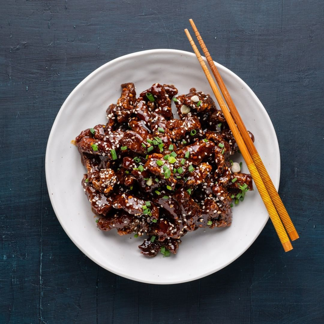 Marion Grasby On Instagram Crispy Honey Chilli Beef Get The Recipe Marionskitchen Com Type Crispy Honey Crispy Chilli Beef Crispy Beef Recipes