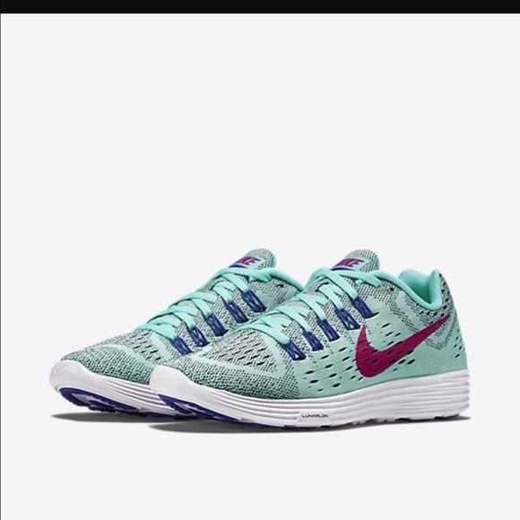 d5a2551a285f Nike lunar tempo New . White black volt-light Aqua. Nike Shoes ...