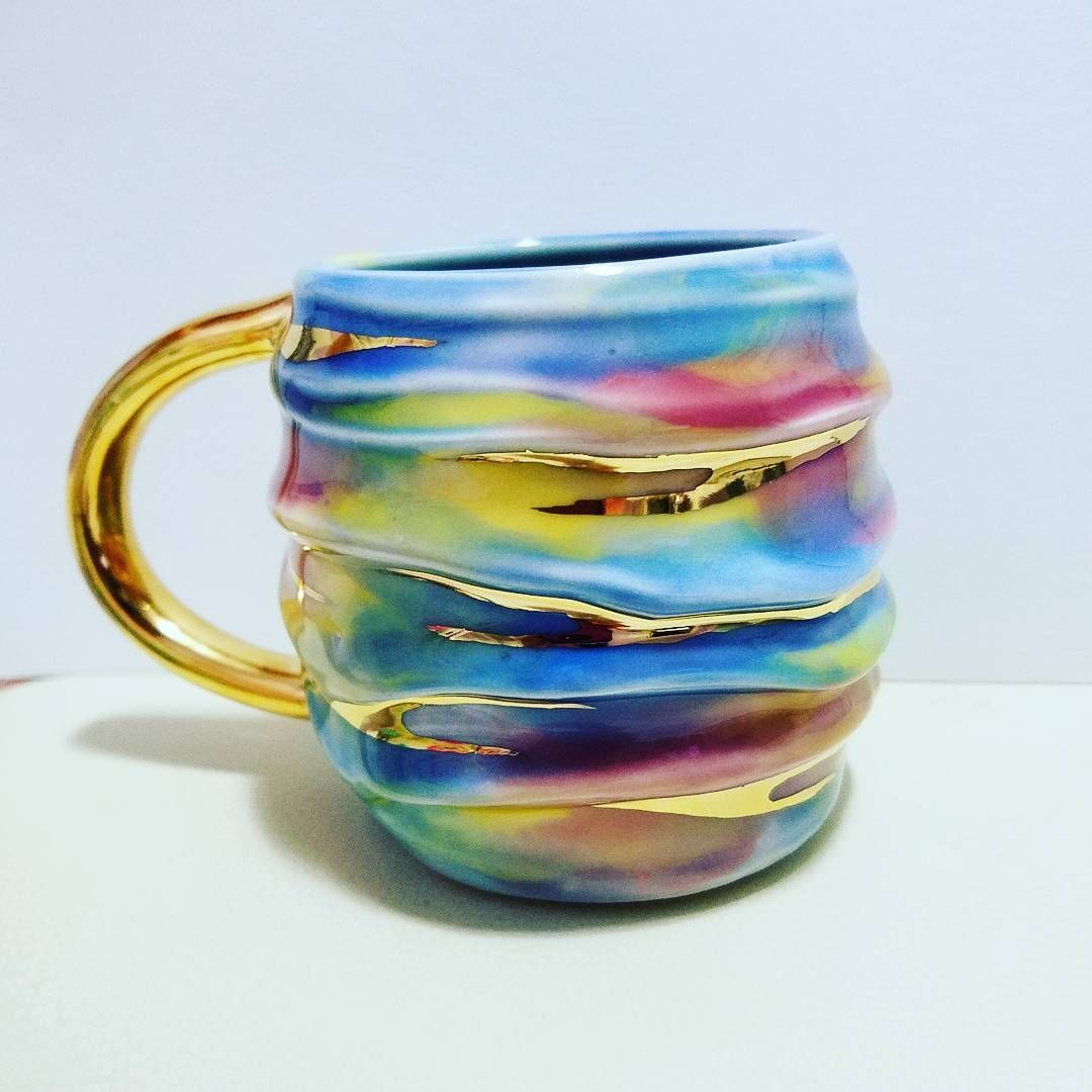 #lookatme #goldensunset #dreamy #creamy #melting #feeling #allkindsoffeels #sonice #blueskies #blueocean #oceanwaves #sunsetatthebeach… #coolmugs