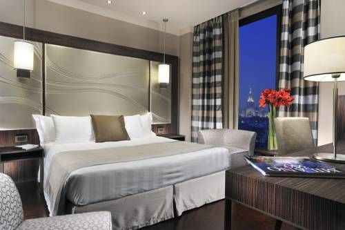 ...contemporary hotel with soundproofed rooms, 5-minute walk from Missori metro Station... **** Uptown Palace, Milan, Italy