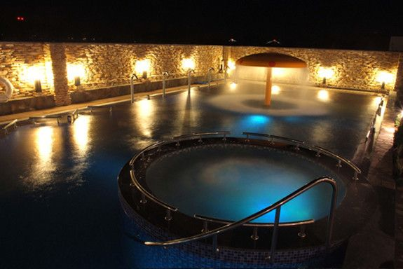Relax This Weekend A Spa For Every Budget Vacation Spa Dry Sauna