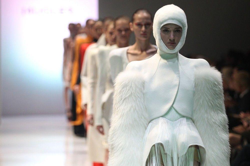 Mugler opened Audi Fashion Festival in Singapore last night without Lady Gaga (womp womp) #fashion #style #mugler #singapore